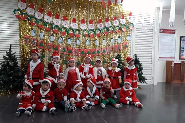 Sản phẩm tạo hình chào đón Giáng sinh