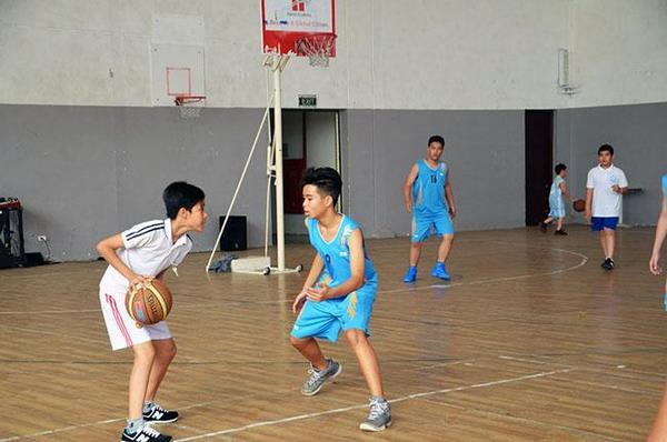 trường học tốt khu tây hồ tây 3 Đội tuyển trường THCS Hanoi Academy vô địch bóng rổ quận Tây Hồ – Trải nghiệm của các cầu thủ