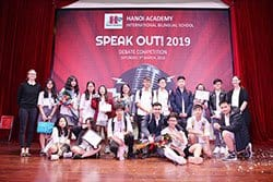 Speakout 2019 (title) Hà Nội Academy