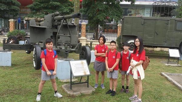 trường song ngữ Quận Hoàn Kiếm 3 Học trường song ngữ quận Hoàn Kiếm – liệu con có đánh mất bản sắc Việt