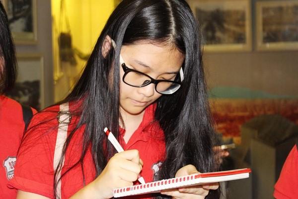 giáo trình tiếng anh tiểu học 3 So sánh những giáo trình tiếng Anh tiểu học phổ biến nhất hiện nay