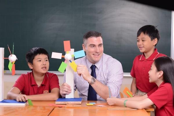 giáo trình quốc tế 2 Tìm hiểu về giáo trình quốc tế Edexcel