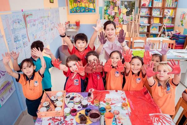 trường song ngữ Quận Cầu Giấy 1 Con học trường song ngữ quận Cầu Giấy – Cha mẹ thở phào