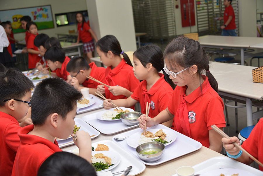 Food service for Hanoi Academy students Food service