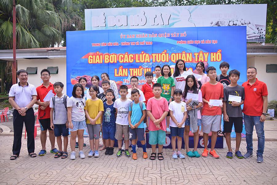Hanoi Academy nhất toàn đoàn trong giải bơi quận Tây Hồ năm học 2019 - 2020 HANOI ACADEMY NHẤT TOÀN ĐOÀN TRONG GIẢI BƠI QUẬN TÂY HỒ NĂM HỌC 2019 – 2020