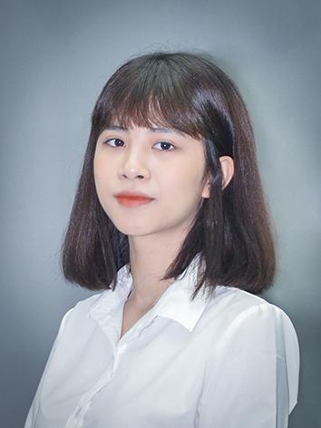 Cô Bùi Quỳnh Phương