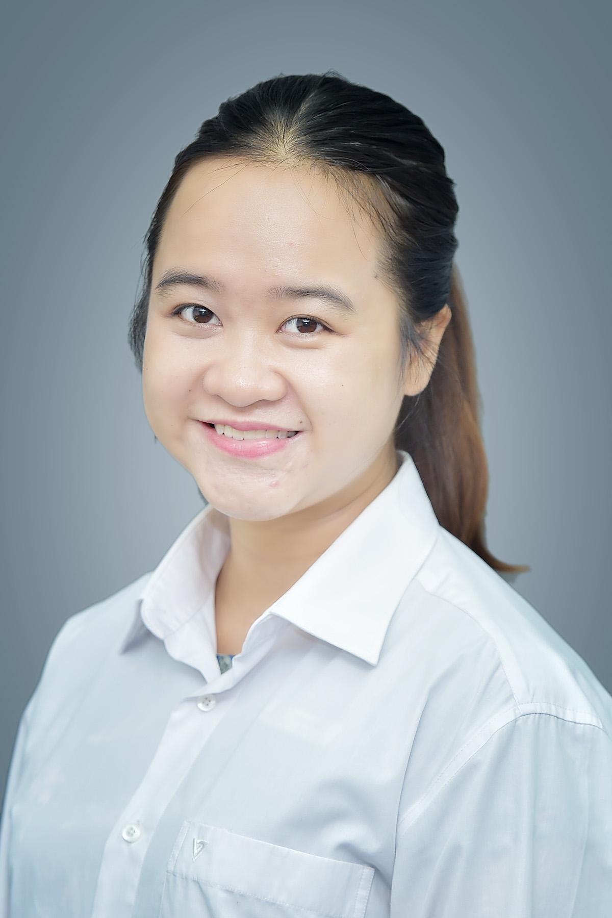 Cô Trần Thị Ngọc