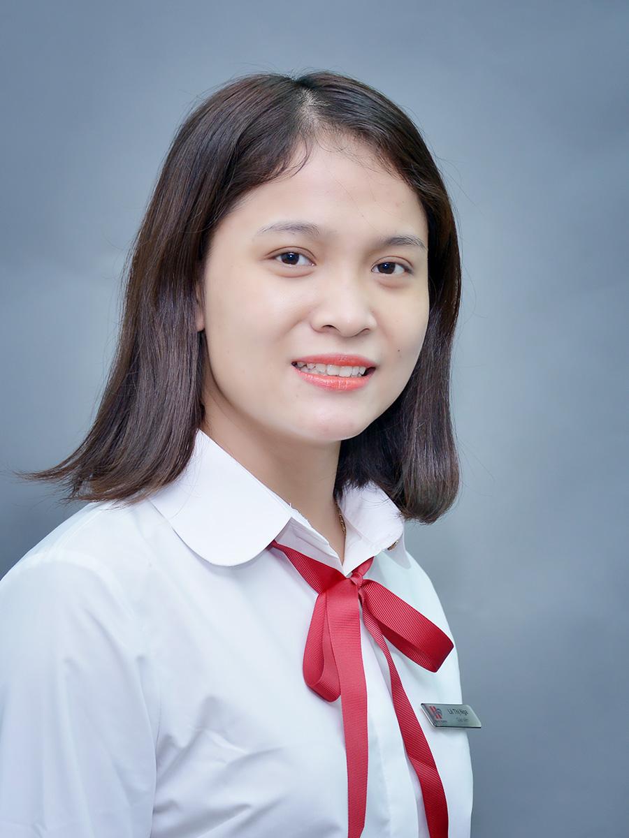 Cô Lê Thị Nga