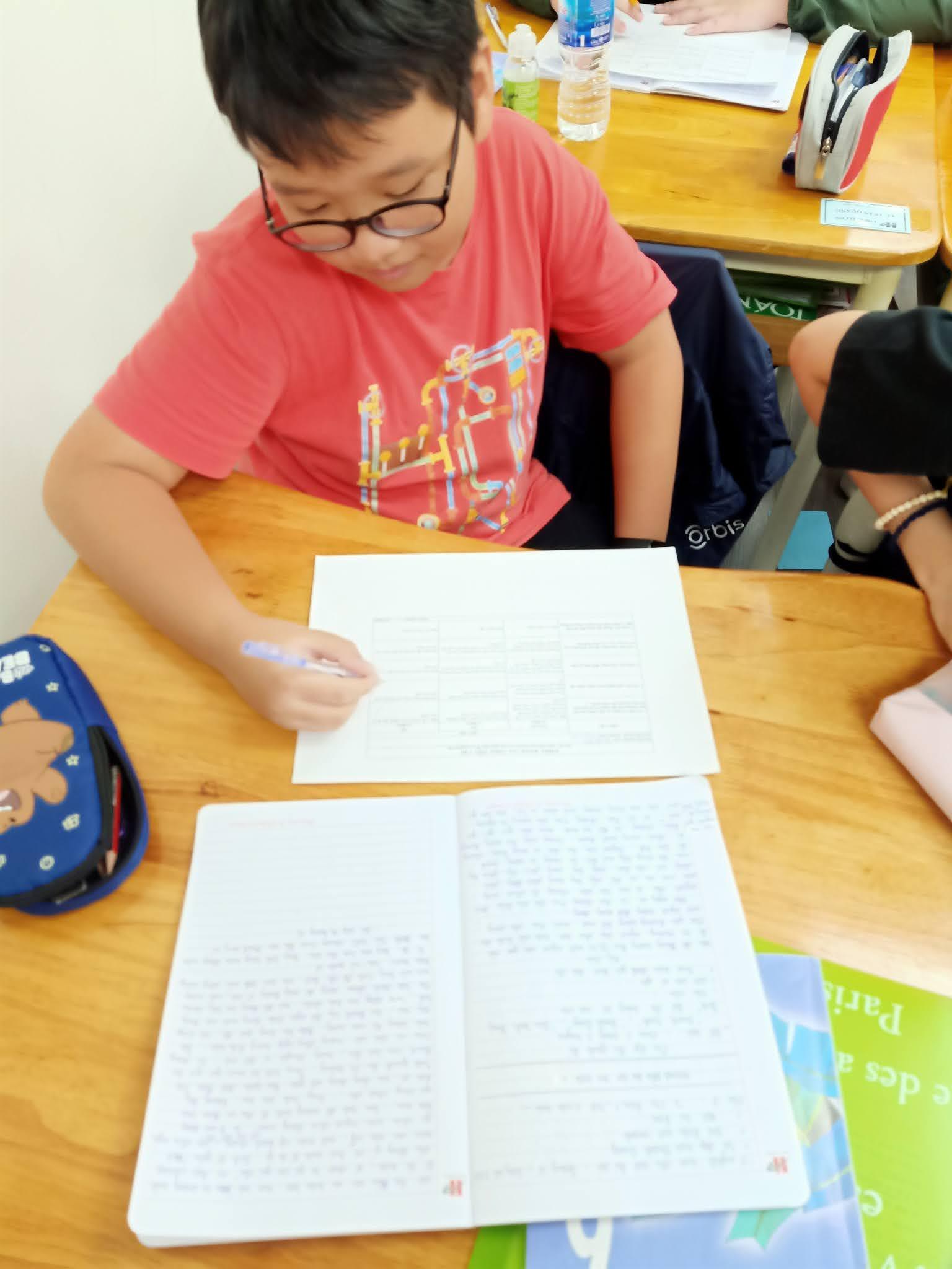 Thực hành đổi mới công cụ đánh giá môn Ngữ Văn tại Hanoi Academy