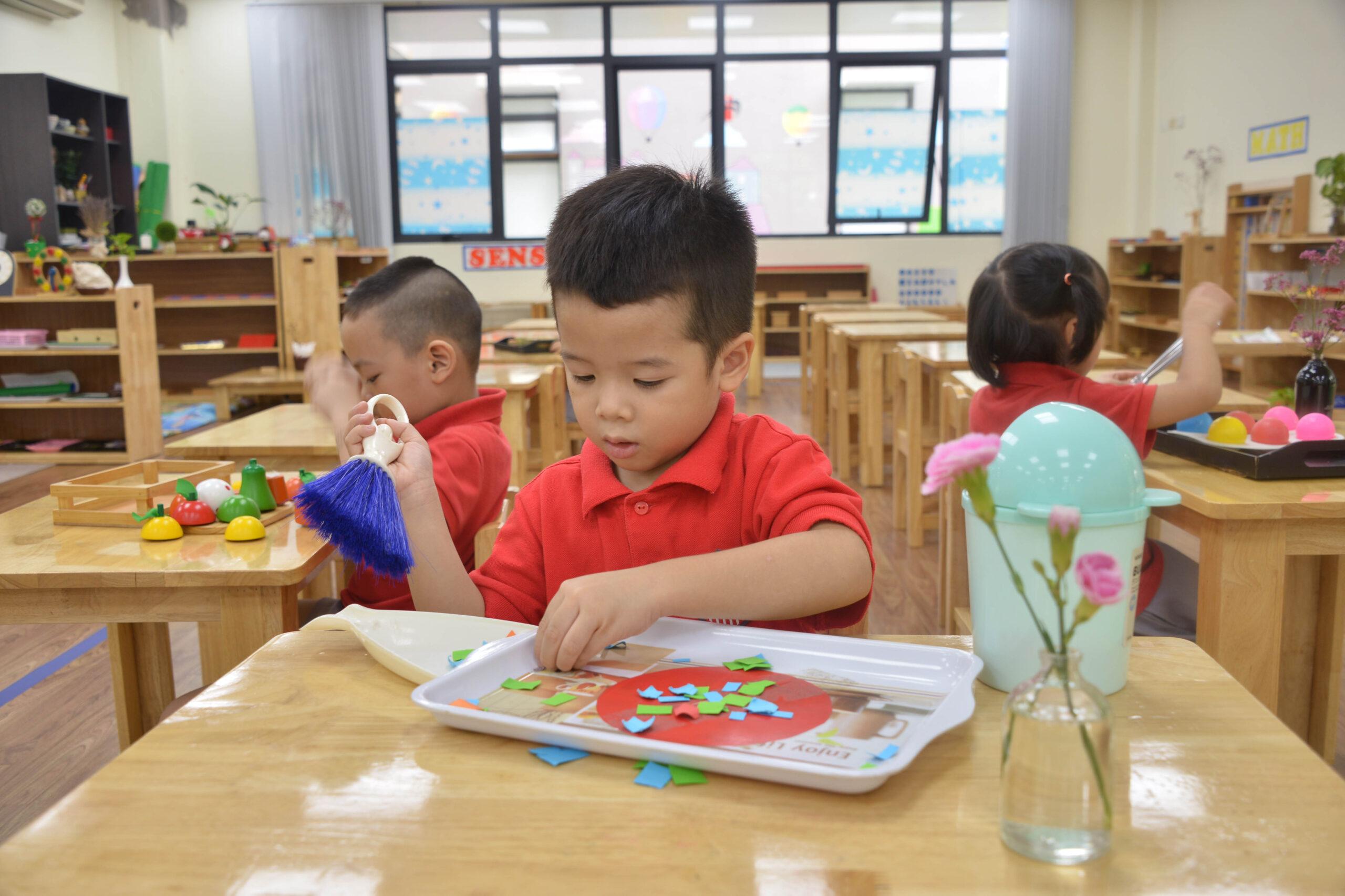 7 cách nói theo Montessori giúp trẻ tự lập