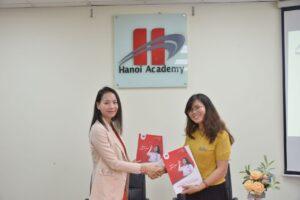 Lễ kí kết hợp tác giữa Hanoi Academy và ELSA Speak