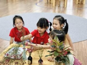 Rèn luyện kỹ năng sống tự lập cho trẻ Mầm Non